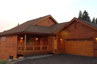 Luxurious Home Located Next To Ski Hill