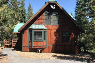 Inviting Tahoe Donner Cabin
