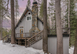 New Listing: Quintessential Cabin in a Tasteful Way